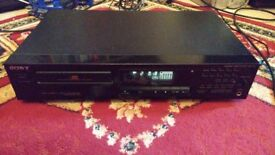 Sony CDP-311 CD Compact Disc Player in Black Working Order