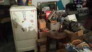 $$$Cash paid for all your antiques and collectable $$$