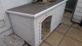 Large wooden dog/cat kennel