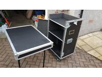 Flight Case, 101x67x59cm, Nearly new, top and front removable, front doubles as table, shelves