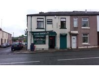Off Licence Store 1 Bedroom Flat