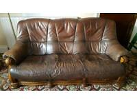 Italian leather 3 piece suite sofa chairs