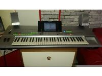 yamaha tyros 1 with stand and lots of styles on diskettes