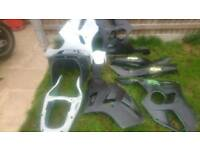 Kawasaki zx6r fairings forsale 1995-1999 complete set + more