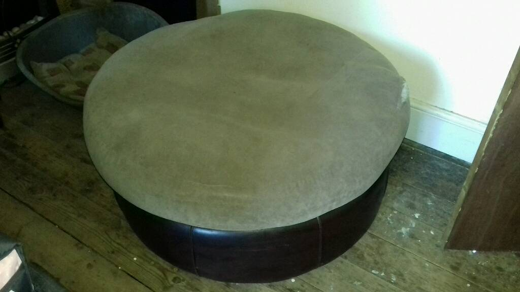 Free Brown Large Round Pouffe