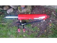 Hydraulic ram with spool valve come of log splitter