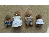 Sylvanian Families Beaver Family, Set of 4 Figures. Excellent Condition.