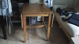 Wooden dinner table x4 people