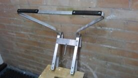 Aluminium extension ladder appx. 3.5m including detachable stand off bracket