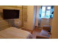 2 double rooms for short let