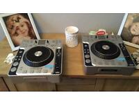 Pair of Stanton cdjs and brand new numark mixer full set up