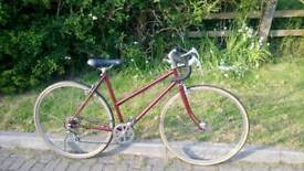 Retro Ladies Raleigh Road Bike