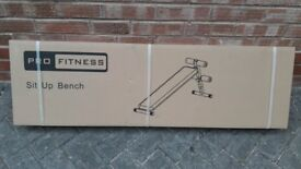 PRO FITNESS SIT UP WEIGHTS BENCH - Brand New & Boxed up