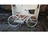 Creme CafeRacer Solo Ladies 3 Speed hybrid Bike
