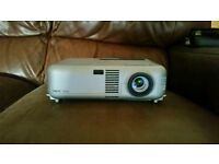 Nec VT660 Lcd projector good quality sharp picture Long Lamp Life 89% remaining