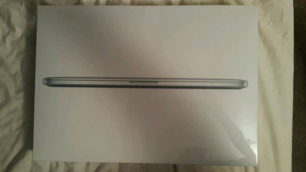 New Apple MacBook Pro Core I7 16GB 256GB SSD 15.4 Inch Laptop With Retina Display (MJLQ2B/A)