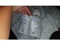 girls blinged converse 3.5
