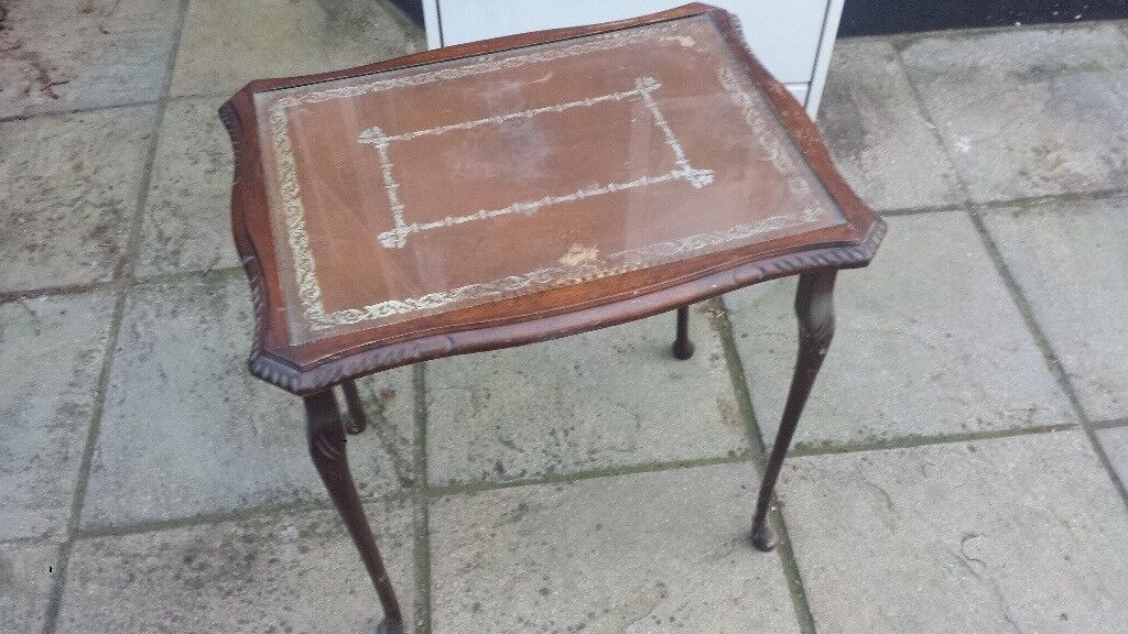 Vintage Drinks Table CAN DELIVER LOCALLY