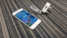 Apple Iphone 5 16GB unlock white color with charger £110.00