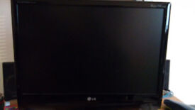 LG Flatron M2294D 22in LCD TV Monitor
