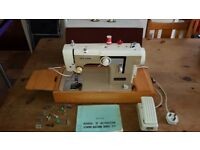 New Home Sewing Machine 674, Case, Instruction Manual and accessories