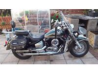 yamaha xvs 1100a dragster with lots of extras and very low mileage.