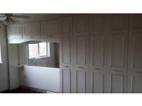 3 bedroom house in Farnworth, gated parking, next to high street & park. £550pcm