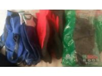 12 x pairs of safety/gardening gloves