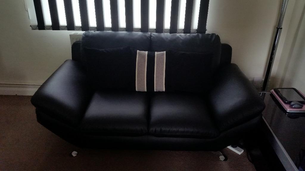 Black Pellissima Faux Leather 2 Seater Sofa Very Good
