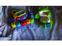 Vtech bath toys octopus bubble blower and piano and frog water squirter and sings