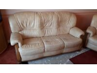 3 Peice Leather suite, 3+2+1+ foot stool, excellent condition