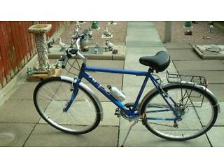 "New Raleigh Design Vermont Active 22"" hybrid bicycle (SWAP FOR RACING BICYCLE)"