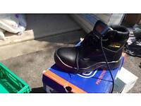 Brand new size 5 UK 38 safety boots