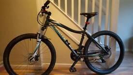 Specialized Myka Disc SE 26 Mountain Bike