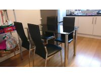 Dining table with 4 chairs - Black glass with chrome