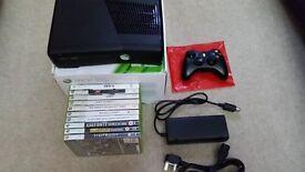 XBox 360 S 4GB + 10 Games