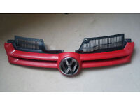 VW Golf MK5 2004-2009 Front Bumper Grille Grill & Badge RED
