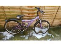 Girl 18 speed mountain bike