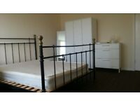 Large Spacious Furnished King Size ROOM