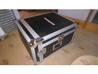 Mixer and rack flight case
