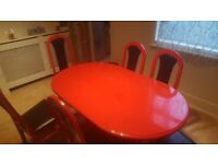 Cheap dining table and carpet