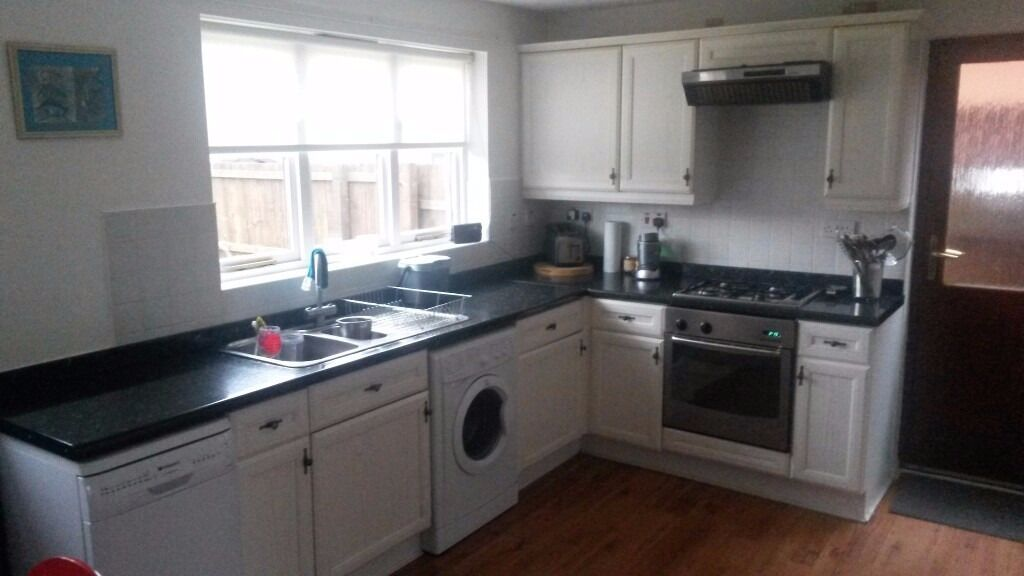 Full Kitchen With Or Without Appliances Oven Fridge