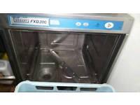 Industrial dishwasher