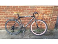 Much loved hybrid commuter bike in need of some TLC for sale!
