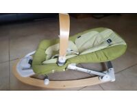 Chicco Baby Bouncer - Pale Green