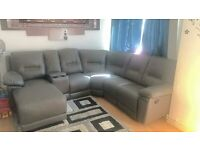 **BRAND NEW**GREY LEATHER CORNER SOFA