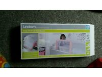 Lindam Easy Fit bed guard