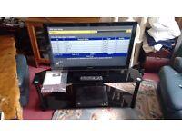 Panasonic 32 LG 19.17 Toshiba ? Pana dvd recorder Virging box Sky box And glass tv stand JOB LOT