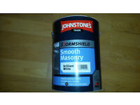 Johnstones smooth masonry Paint. 5 Litre