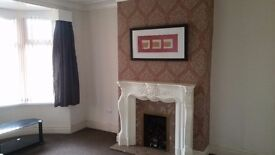 Nice and tidy 3 bed Semi/Town house for rent in BD7